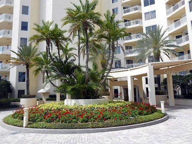 1200 Gulf Boulevard #1805, Clearwater, FL 33767 (MLS #T3301993) :: Sarasota Property Group at NextHome Excellence