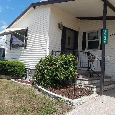 37543 Rosalita Avenue, Zephyrhills, FL 33541 (MLS #T3304915) :: Team Borham at Keller Williams Realty