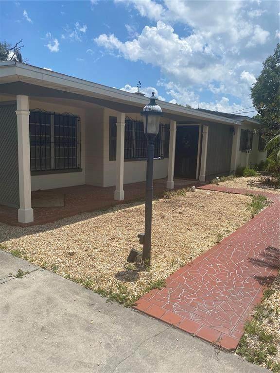 1306 S Wiggins, Plant City, FL 33566 (MLS #T3305191) :: Dalton Wade Real Estate Group