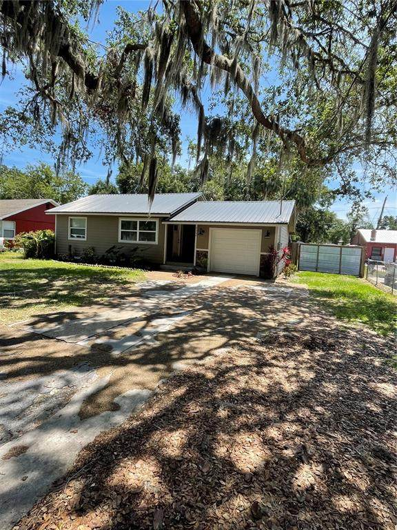 7208 Garden Grove Lane, New Port Richey, FL 34652 (MLS #T3307011) :: Armel Real Estate