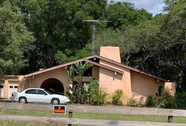 9821 Cr 671, Bushnell, FL 33513 (MLS #T3312155) :: The Hustle and Heart Group