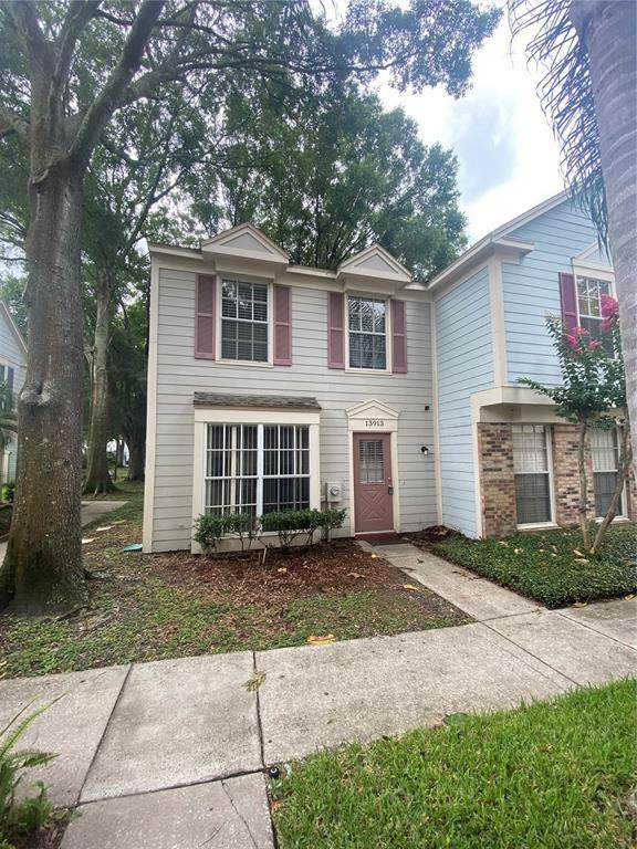 13913 Fletchers Mill Drive, Tampa, FL 33613 (MLS #T3312787) :: The Robertson Real Estate Group