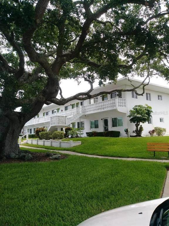 8455 112TH Street #202, Seminole, FL 33772 (MLS #T3315721) :: Sarasota Home Specialists