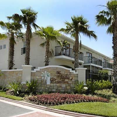 211 Valencia Circle, St Petersburg, FL 33716 (MLS #T3319154) :: Zarghami Group
