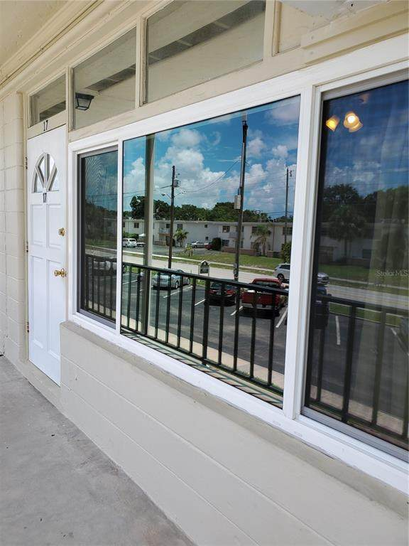 4001 58TH Street N #17, Kenneth City, FL 33709 (MLS #T3321889) :: Rabell Realty Group