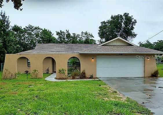 10027 Hayward Road, Spring Hill, FL 34608 (MLS #T3322043) :: Cartwright Realty