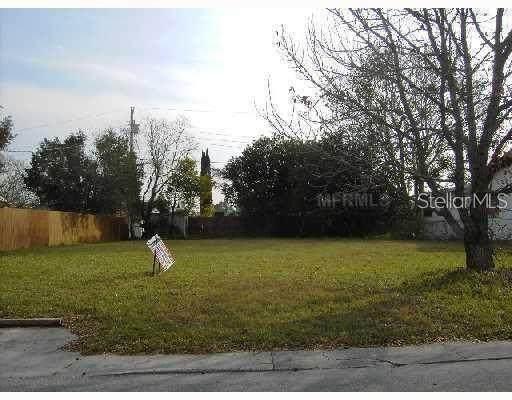 8608 Bella, Hudson, FL 34667 (MLS #T3327611) :: The Duncan Duo Team