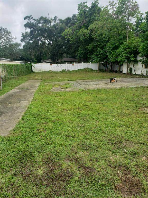 507 W Dr Martin Luther King Jr Boulevard, Seffner, FL 33584 (MLS #T3331001) :: Delgado Home Team at Keller Williams