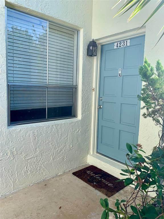 4231 La Sorrento Court, Tampa, FL 33611 (MLS #T3331763) :: Cartwright Realty