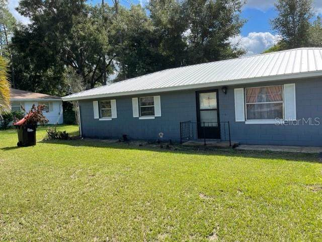 5252 SE 108TH Place, Belleview, FL 34420 (MLS #T3336524) :: The Truluck TEAM