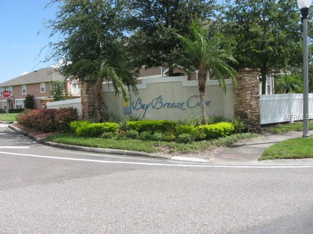 605 52ND Avenue N, St Petersburg, FL 33703 (MLS #U7844742) :: The Lockhart Team