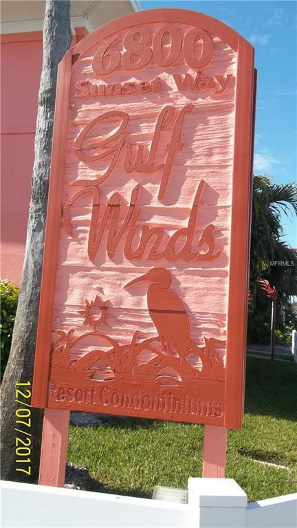 6800 Sunset Way #1006, St Pete Beach, FL 33706 (MLS #U7845301) :: The Lockhart Team