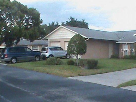 8831 Manos Circle, New Port Richey, FL 34655 (MLS #U7849990) :: The Duncan Duo Team