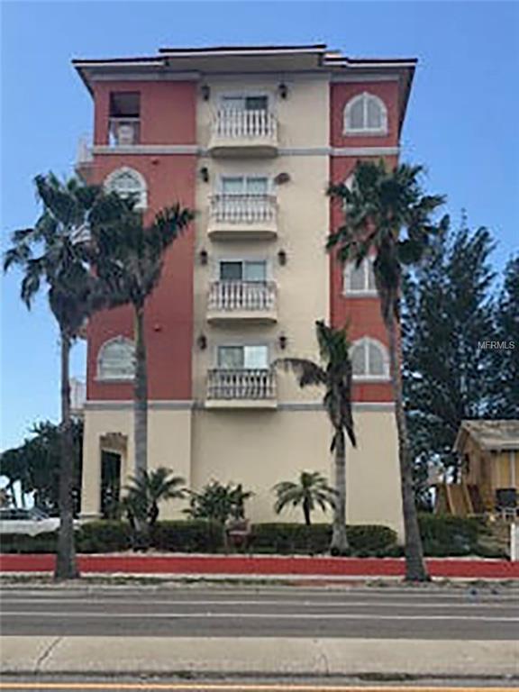 19000 Gulf Boulevard #1, Indian Shores, FL 33785 (MLS #U7850039) :: The Duncan Duo Team