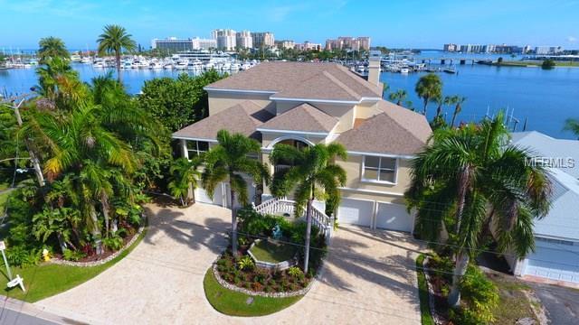 162 Devon Drive, Clearwater Beach, FL 33767 (MLS #U7850278) :: Chenault Group