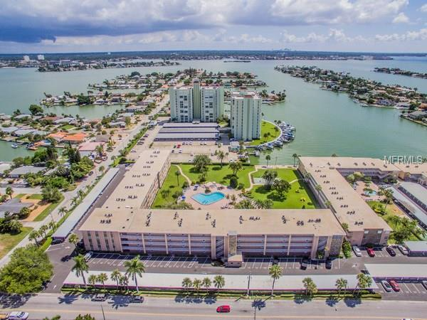 6363 Gulf Winds Drive #132, St Pete Beach, FL 33706 (MLS #U7852517) :: The Duncan Duo Team