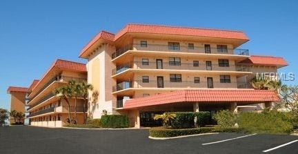 17580 Gulf Boulevard #104, Redington Shores, FL 33708 (MLS #U8000347) :: The Lockhart Team