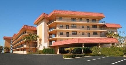 17580 Gulf Boulevard #408, Redington Shores, FL 33708 (MLS #U8000773) :: Dalton Wade Real Estate Group
