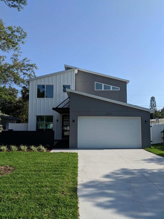 8074 23RD Avenue N, St Petersburg, FL 33710 (MLS #U8001376) :: Revolution Real Estate