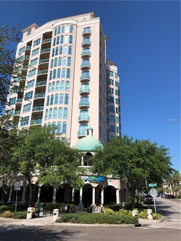 288 Beach Drive NE 4C, St Petersburg, FL 33701 (MLS #U8001644) :: Delgado Home Team at Keller Williams
