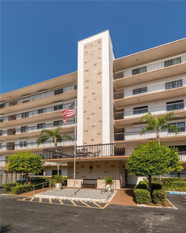 8186 Terrace Garden Drive N #608, St Petersburg, FL 33709 (MLS #U8001689) :: Delgado Home Team at Keller Williams