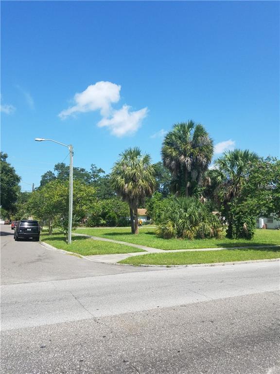 22ND Street S, St Petersburg, FL 33712 (MLS #U8002738) :: The Duncan Duo Team