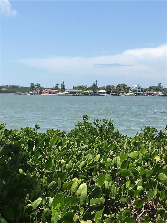 349 12TH AVE. Avenue, Indian Rocks Beach, FL 33785 (MLS #U8004402) :: Jeff Borham & Associates at Keller Williams Realty