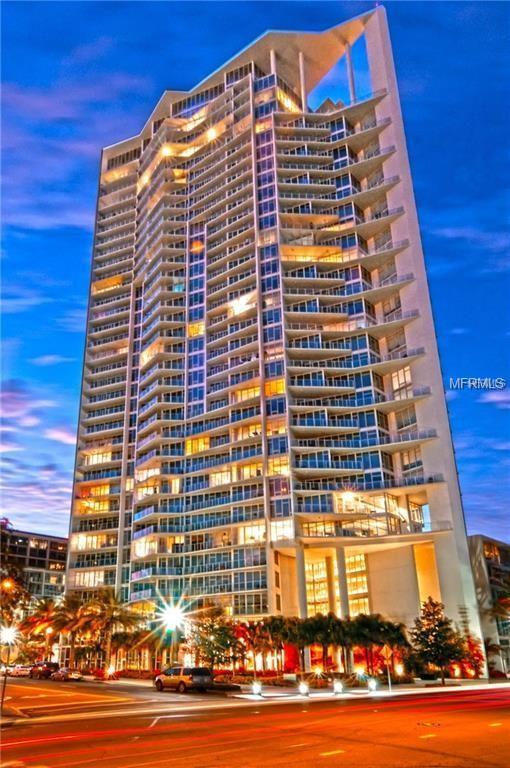 175 1ST Street S #902, St Petersburg, FL 33701 (MLS #U8005174) :: Baird Realty Group