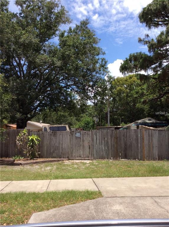 50TH Avenue N, St Petersburg, FL 33709 (MLS #U8007347) :: The Lockhart Team
