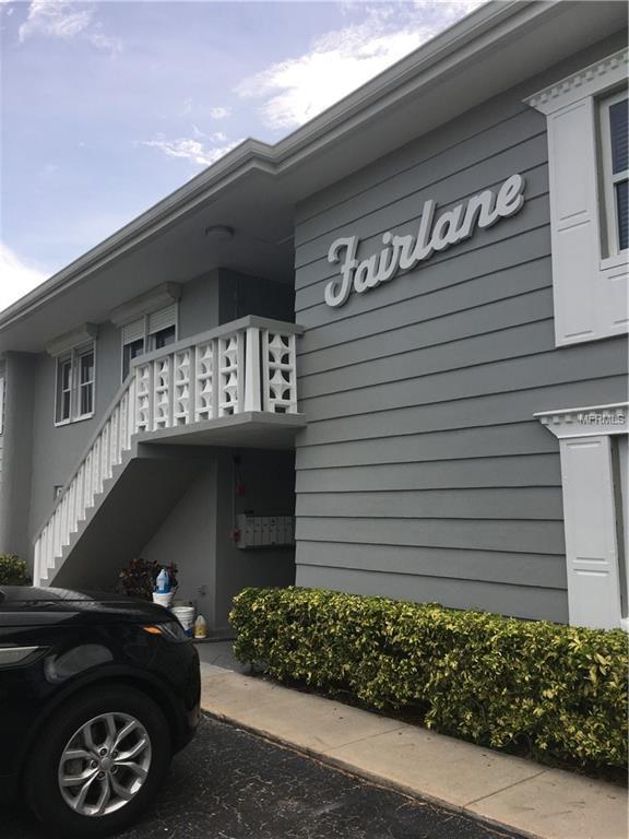 129 104TH Avenue #201, Treasure Island, FL 33706 (MLS #U8008894) :: Chenault Group