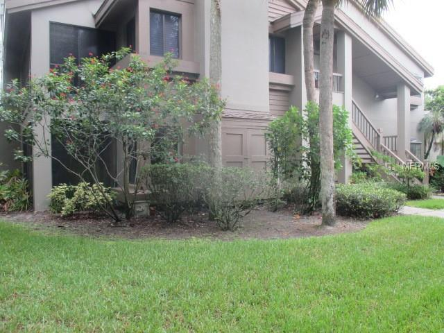 3017 Landmark Boulevard #501, Palm Harbor, FL 34684 (MLS #U8011262) :: The Duncan Duo Team