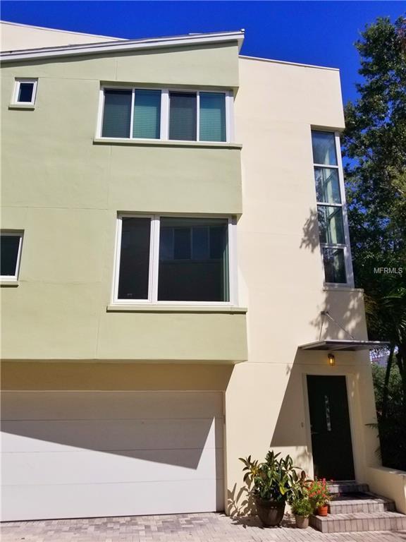309 4TH Avenue N, St Petersburg, FL 33701 (MLS #U8017004) :: Gate Arty & the Group - Keller Williams Realty