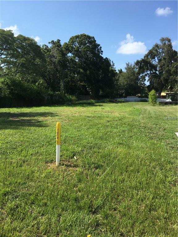 Vista Way, Clearwater, FL 33755 (MLS #U8018636) :: The Light Team