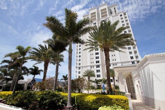 331 Cleveland Street #801, Clearwater, FL 33755 (MLS #U8019793) :: The Duncan Duo Team