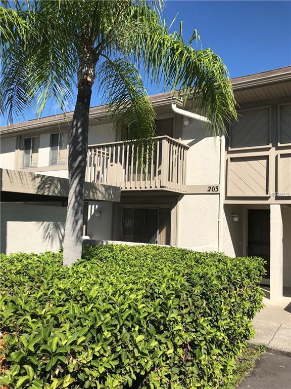 203 Bough Avenue, Clearwater, FL 33760 (MLS #U8020421) :: Revolution Real Estate