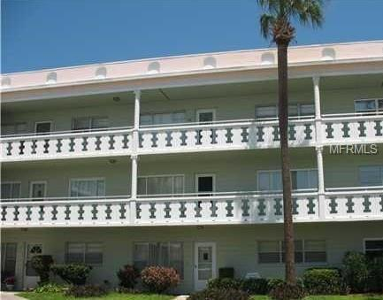 2400 Columbia Drive #36, Clearwater, FL 33763 (MLS #U8020555) :: Delgado Home Team at Keller Williams