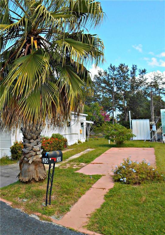 7801 34TH Avenue N Lot 30, St Petersburg, FL 33710 (MLS #U8021519) :: The Duncan Duo Team