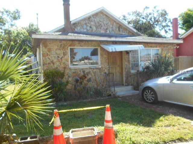 18 Mill Street, Tarpon Springs, FL 34689 (MLS #U8021731) :: Team Virgadamo
