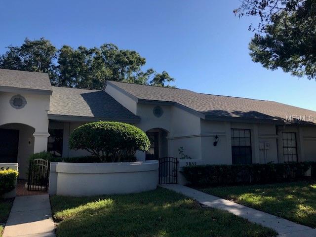 3852 Goldfinch Court, Palm Harbor, FL 34685 (MLS #U8022584) :: Delgado Home Team at Keller Williams