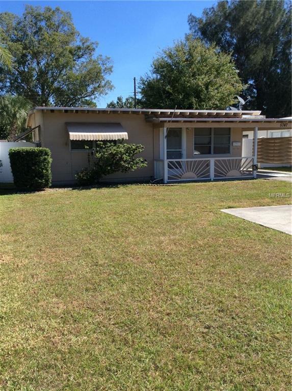 5747 Dr Martin Luther King Jr Street N, St Petersburg, FL 33703 (MLS #U8022998) :: Delgado Home Team at Keller Williams