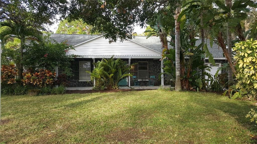 205 Lagoon Drive - Photo 1