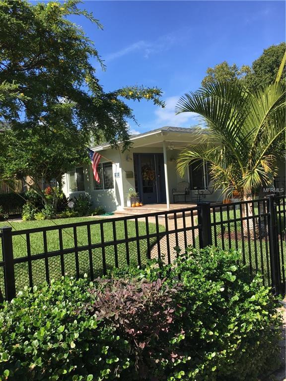 101 27TH Avenue N, St Petersburg, FL 33704 (MLS #U8024309) :: Lock and Key Team