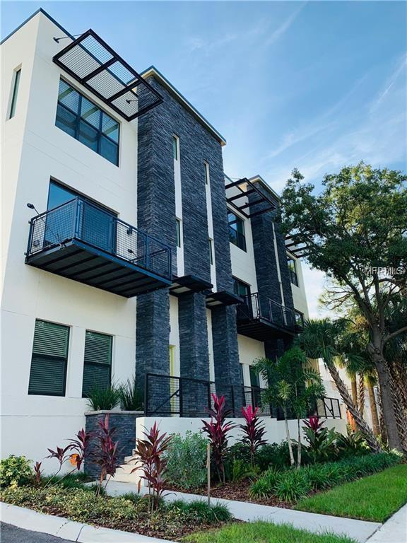 4810 W Mcelroy Avenue #7, Tampa, FL 33611 (MLS #U8028105) :: Revolution Real Estate