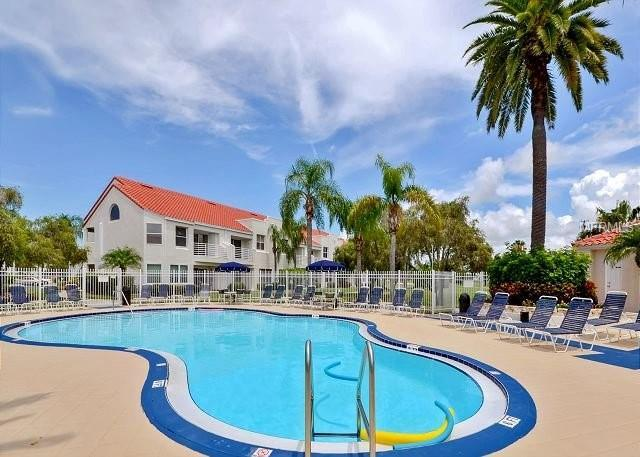 6059 Bahia Del Mar Boulevard #141, St Petersburg, FL 33715 (MLS #U8028559) :: Mark and Joni Coulter | Better Homes and Gardens