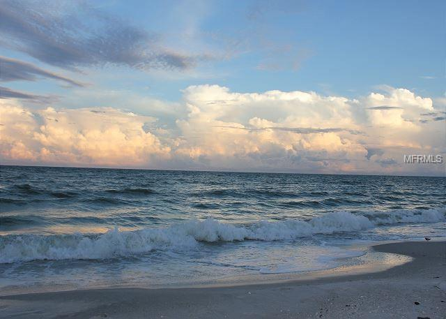 11921 Sunshine Lane, Treasure Island, FL 33706 (MLS #U8030648) :: Dalton Wade Real Estate Group