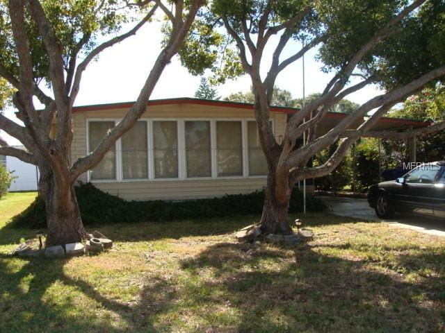 174 New England Avenue, Palm Harbor, FL 34684 (MLS #U8031335) :: Paolini Properties Group