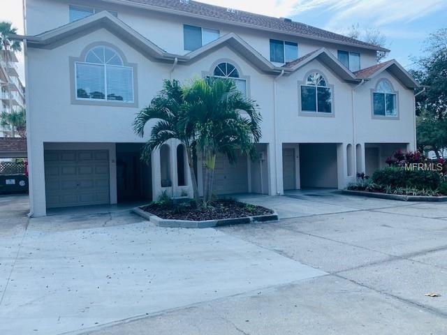 301 Island Way B, Clearwater Beach, FL 33767 (MLS #U8033385) :: Cartwright Realty