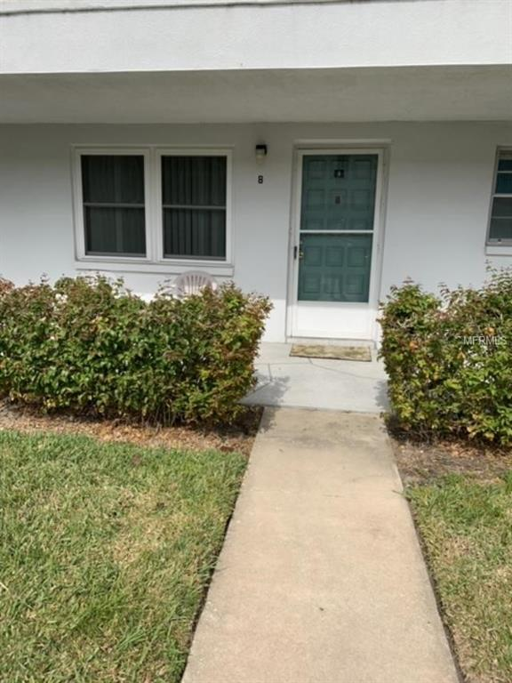 5246 81ST Street N #8, St Petersburg, FL 33709 (MLS #U8033484) :: RE/MAX Realtec Group