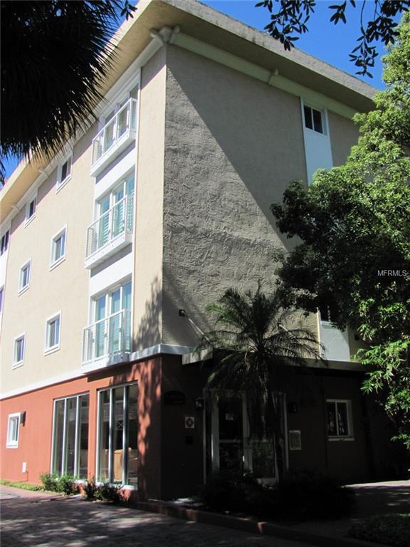 210 5TH Avenue S #208, St Petersburg, FL 33701 (MLS #U8034058) :: Baird Realty Group