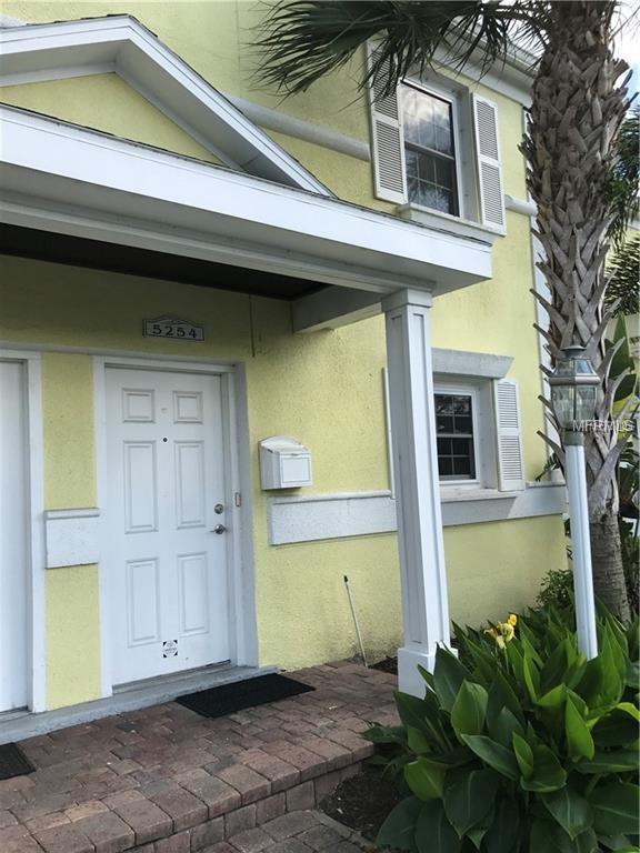 4770 Snook Drive SE, St Petersburg, FL 33705 (MLS #U8035427) :: RealTeam Realty